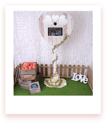 Rustic Photo Booth Hire Southampton fullimg
