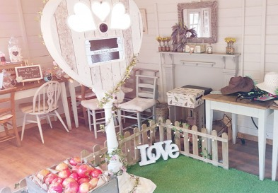Rustic Photo Booth Hire featured img