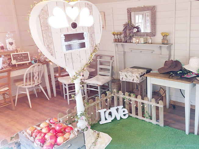 Rustic Heart Booth